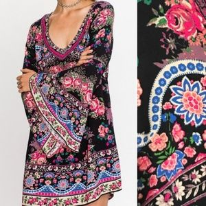 Flying Tomato Floral Bell Sleeve Tunic Dress :74